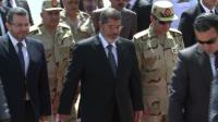 News video: Egypt's Morsi greets freed security personnel
